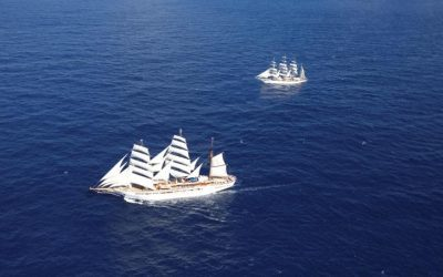 SAILING TOGETHER: Two windjammers, one course